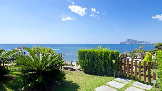 Hiszpania nieruchomości. Altea apartament luksusowy nad morzem