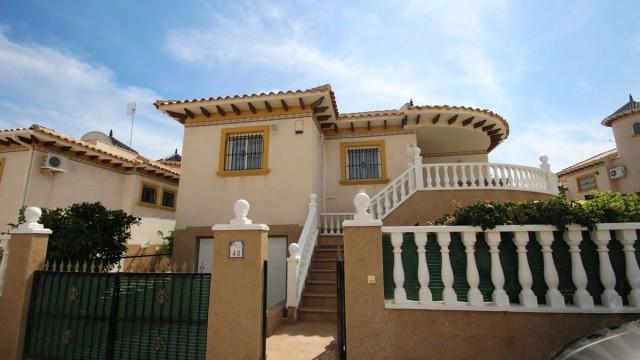Dom Hiszpania. La Zenia nieruchomośći na sprzedaż