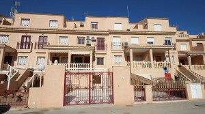 Dom szeregowy na Playa Flamenca