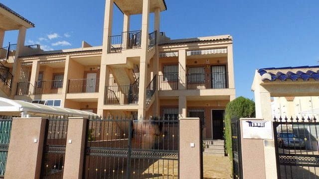 Obniżona cena apartamentu na La Zenia w Hiszpanii