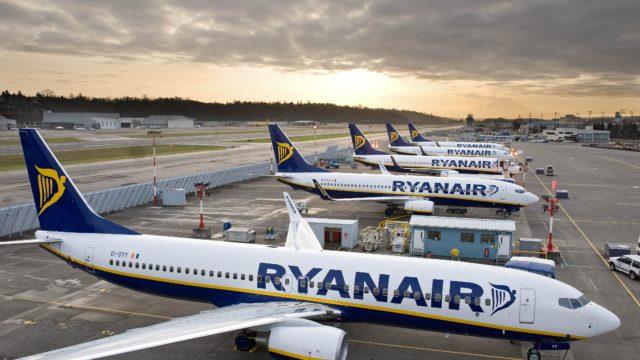 Tanie linie lotnicze do Hiszpanii problemy z Ryanairem